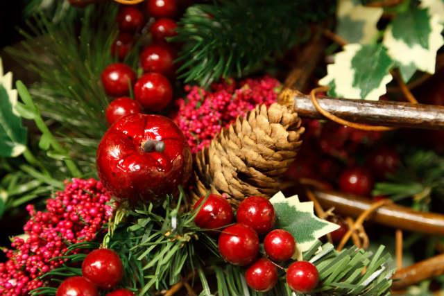 En este momento estás viendo 4 sencillas ideas para una decoración navideña exprés