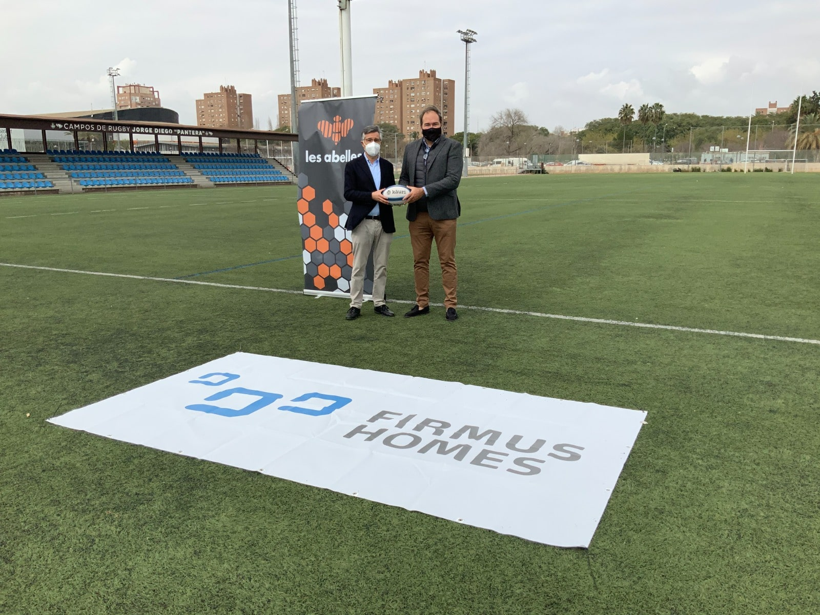Firmus Homes se convierte en patrocinador del club de rugby Les Abelles